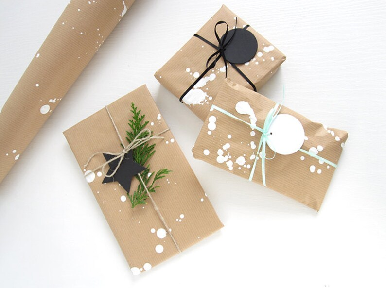 Gift wrap service / Gift wrapping option for your order  image 0