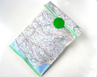 Gift bags world atlas map set of 3 paper bags upcycling vintage paper by renna deluxe