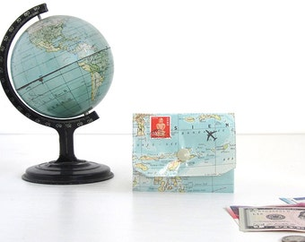 purse made of vintage map, upcycling by renna deluxe