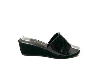 Vintage 1970s Black Patent Leather Sandals // Italian Suede Slip On Wedge Heels by Di Chiara Roma Size 7 // European Vintage