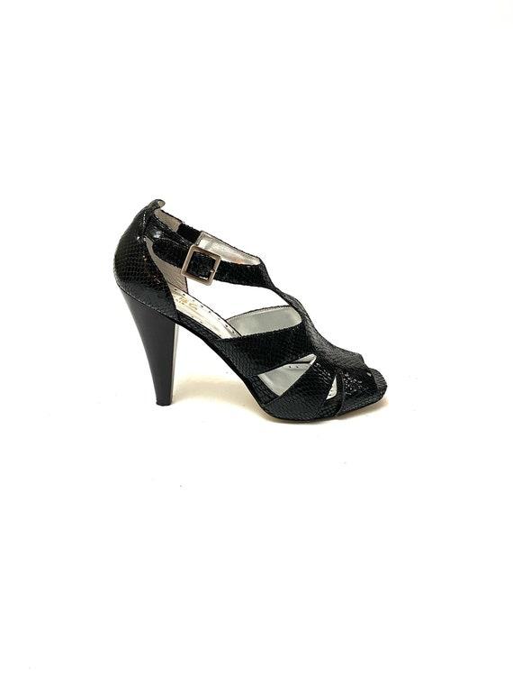 Vintage 1990s Cutout Heels // Embossed Black Paten