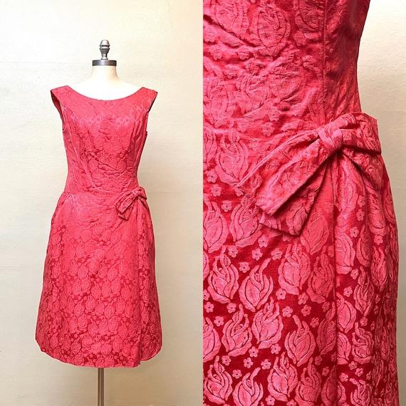 Vintage 1960s Pink Cocktail Dress // Magenta Jacqu