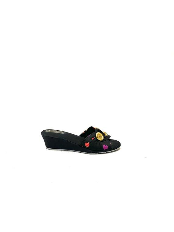 Vintage 1970s Novelty Print Sandals // Tulip Fabr… - image 1