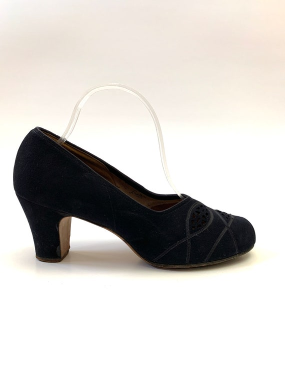 Vintage 1940s Peep Toe Heels // Navy