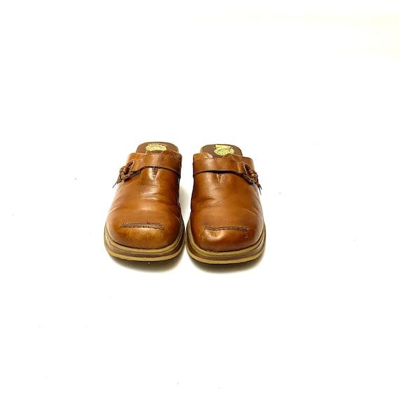 Vintage 1990s Tan Leather Clogs // Slip On Wedge … - image 4