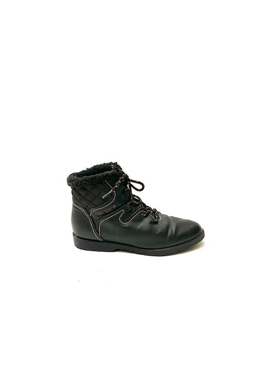 Vintage 1980s Unisex Snow Boots // Black Vegan Lac