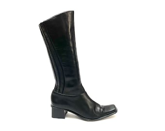 Vintage 1970s Witchy Goth Boots // Black Leather Square Toe Knee High Riding Boots Size 7.5