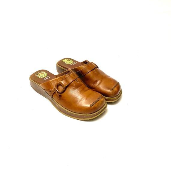 Vintage 1990s Tan Leather Clogs // Slip On Wedge … - image 5