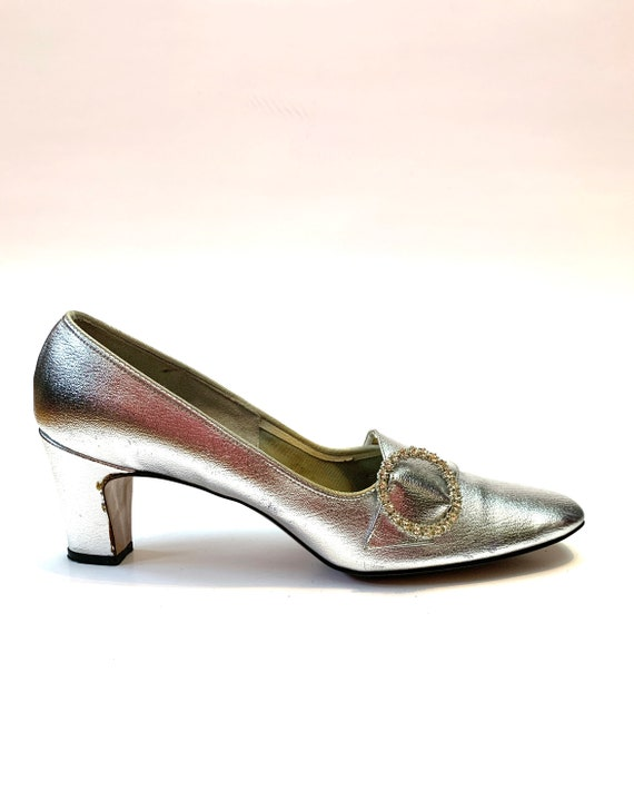 Vintage 1960s Silver Lamé Heels // Formal Dress Sh