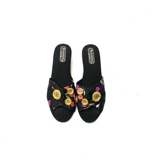 Vintage 1970s Novelty Print Sandals // Tulip Fabr… - image 3