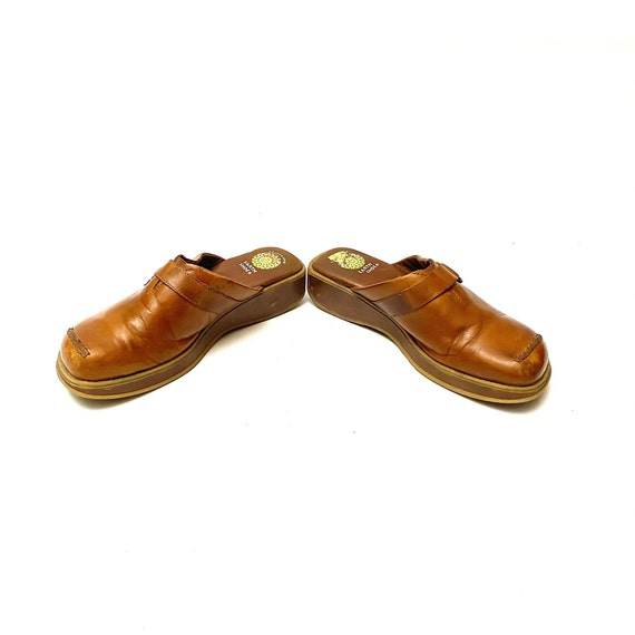 Vintage 1990s Tan Leather Clogs // Slip On Wedge … - image 6