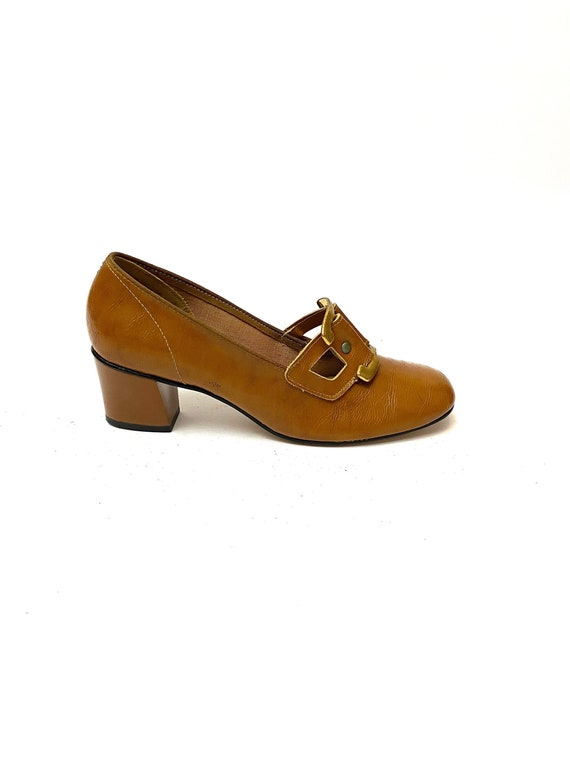 Vintage 1960s Deadstock Pilgrim Heels // Tan Vegan