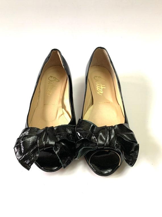 Vintage 1960s Kitten Heels // Black Italian Leathe