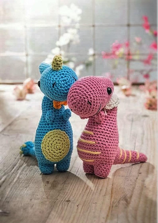 Dinosaur duo amigurumi pdf crochet pattern image 0