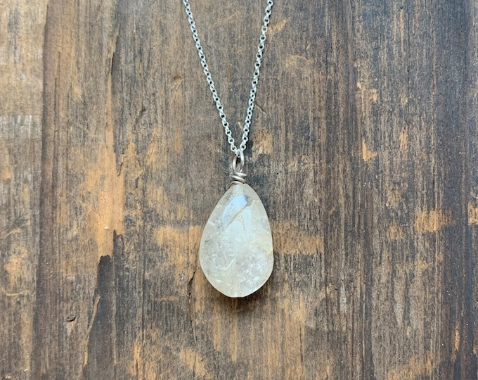 Quartz Teardrop Pendant Necklace