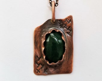 Green Agate Cabochon and Copper Necklace