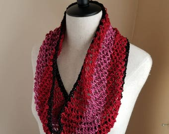 Icing Cowl in Red, Pink, and Black Bamboo - Valentine's Day