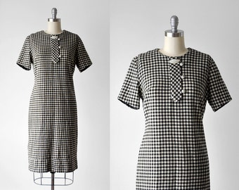 60's houndstooth shift dress. 1960 black & white dress. mod. large. cream. 60 wool dress. checkered.