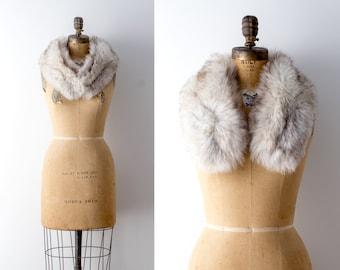 1950's blue fox fur shawl. 50 white fox collar. Shoulder wrap. Genuine fur stole.