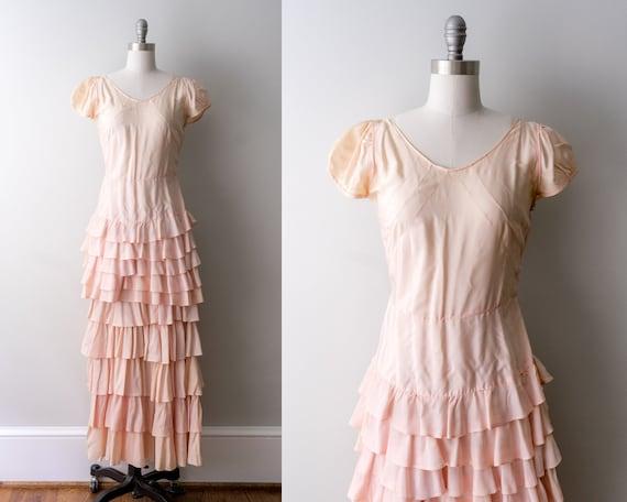 1930 light pink dress. small. 30's bias cut gown.