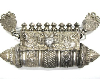 Antique South India Prayer Box, Old India Necklace, South India Pendant, Karnataka,131.4 Grams