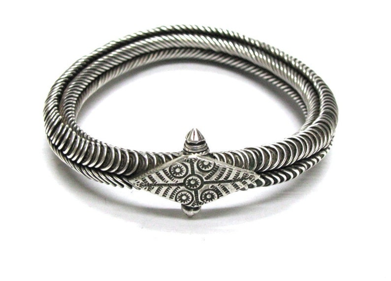 Antique South India Bracelet, South India Armlet, Toda Tribe, Tamil Nadu,  Rigid, Circles, Twisted Wire, 7 cm, Silver, HEAVY, 129 3 Grams
