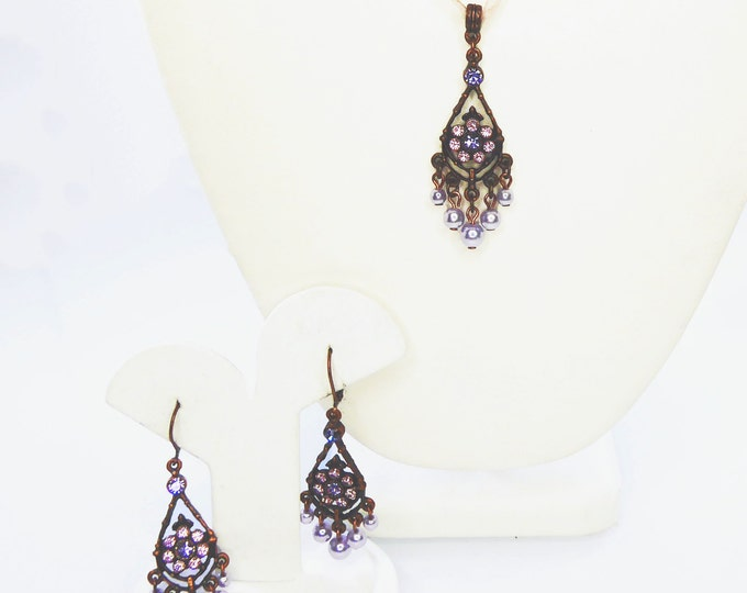 Vintage Jewelry Sets - TheJewelSeeker