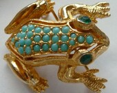 A Year End Sale De Nicola Signed Turqouise Rhinestone Frog Brooch