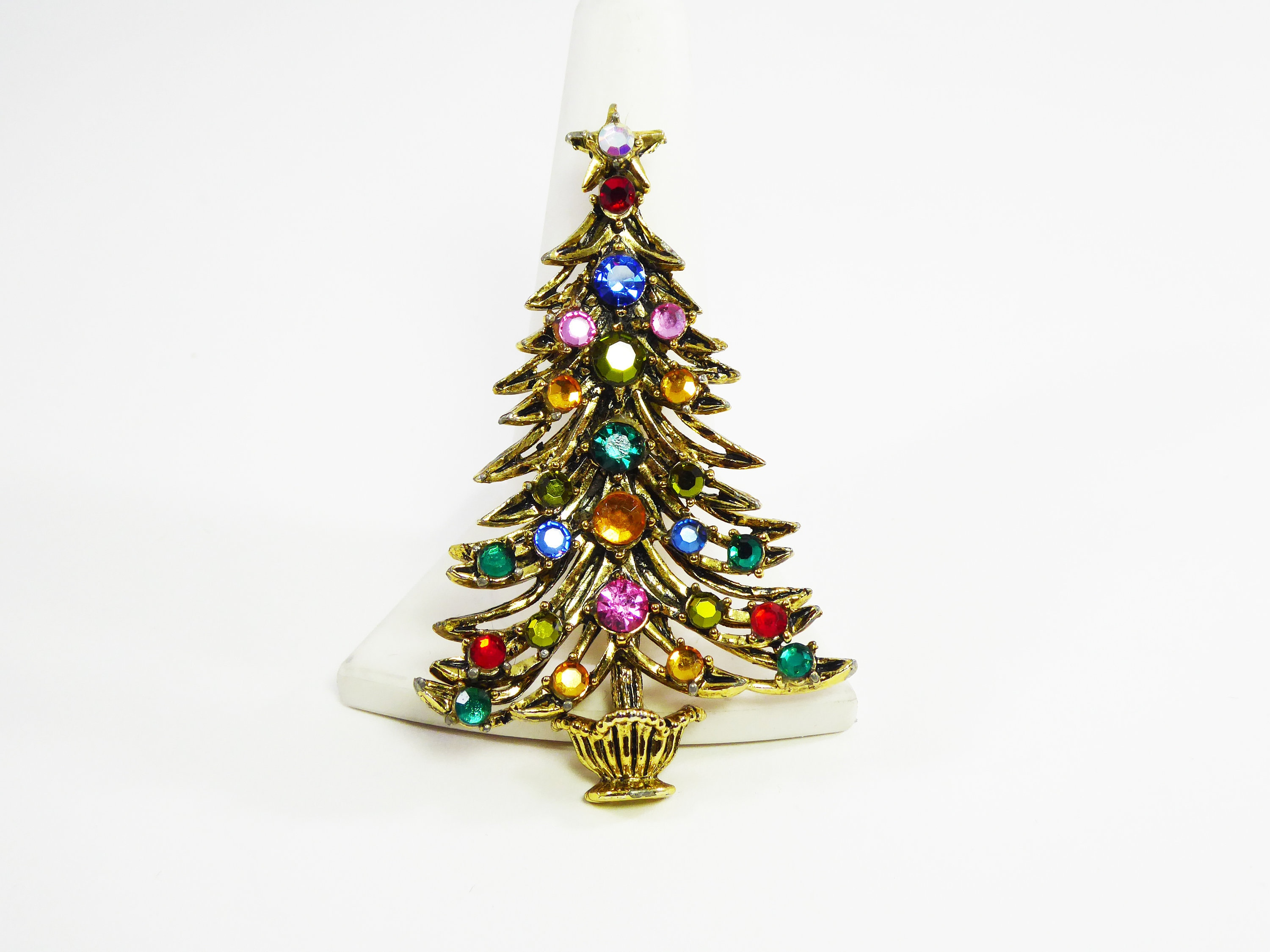 2cc47bf46 Hollycraft Christmas Tree Brooch Multi Colored Rhinestones & Star ...