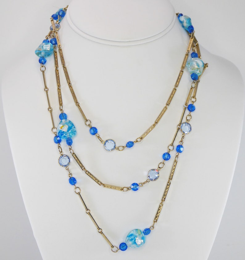 Shades of Blue Beaded Necklace Bezel Set Austrian Crystals Gold Tone Chain with Venetian Glass /& Oval Crystal Beads Vintage 1970s 1980s