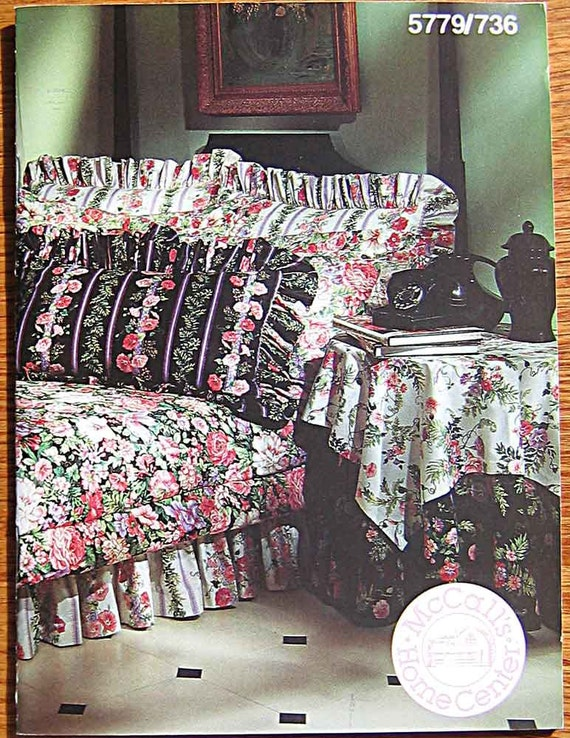 bed pillow shams vintage 1990s Uncut duvet cover McCalls 9623 timeless style dust ruffle Bedroom Decor sewing pattern lap throw