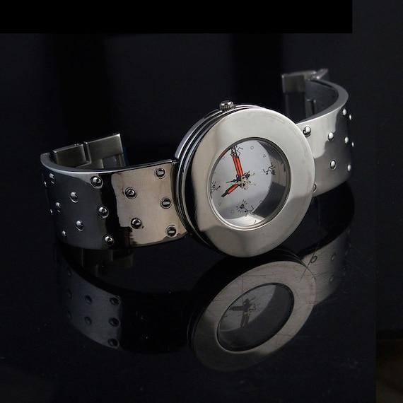 vintage unsex wrist watch Hi Tek London Alexander