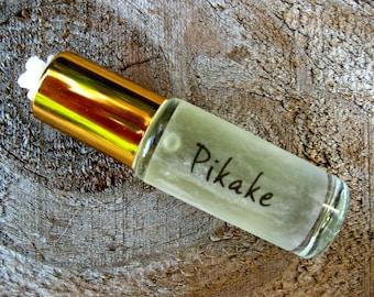 PIKAKE MINI PERFUME (Hawaiian Jasmine). Custom-Blended Roll-on Perfume. Contains Pikake Essential Oil. Made in Hawaii. 1/6 fl oz (5 ml).