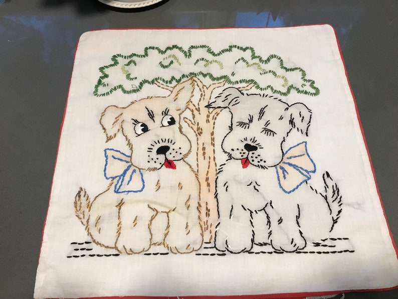 Vintage 1940s /'rag bag/' elephant /& scottie dog tiny pin cushion sewing pattern