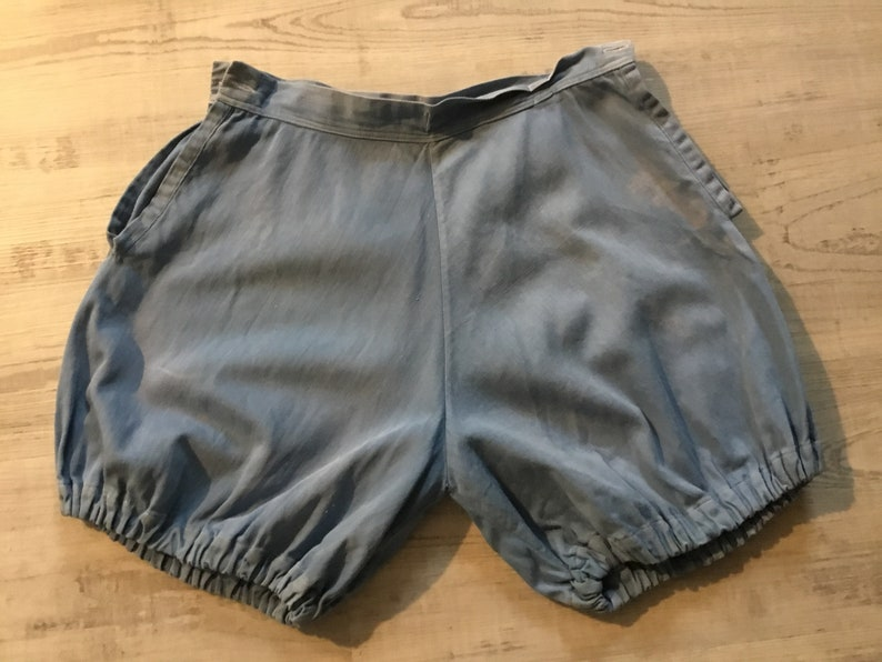 Vintage Cotton BloomersShorts Vintage Beach Wear Button Holes at Waistband Full Hips Worn Cotton Bloomers