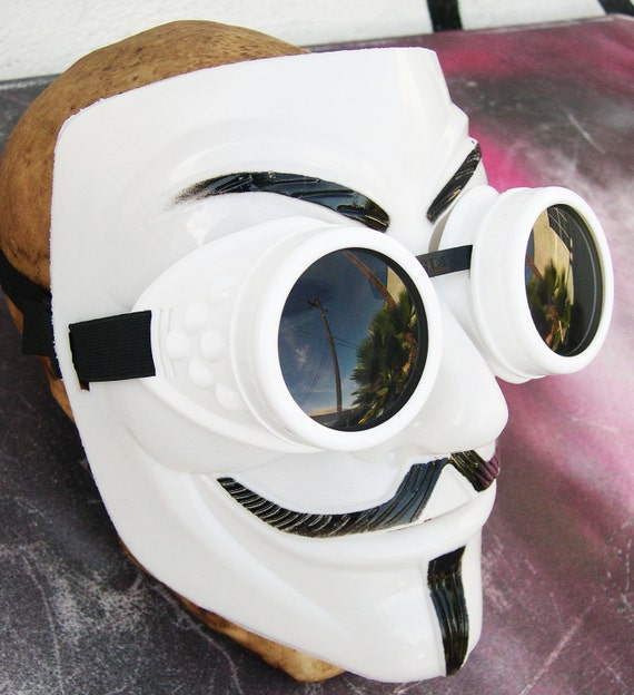 ANTI TRUMP Rally Mask 'V for VENDETTA' 2 Pc Full Face 'Guy Fawkes' Mask wMatching Detachable Goggles