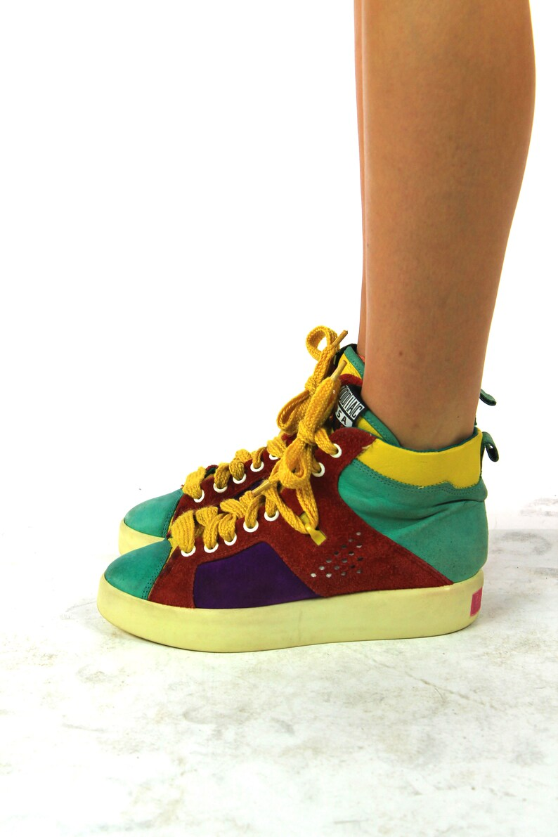 27cdda38e5e8f Vtg 80s Color Block High Top Sneakers Tennis Shoes