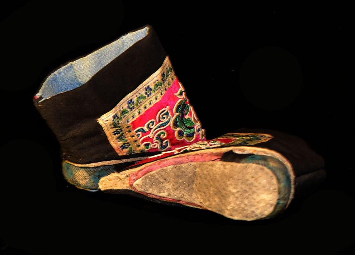 Zapatos de loto para pies atados, antiguos