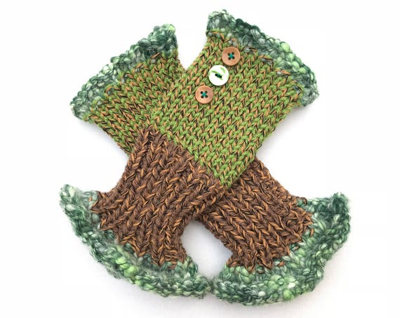 Fingerless Mittens - Kiwi Frilly Fingers - Earthy Green Fingerless Gloves spring colour scheme. Fall colors fingerless mitten hand warmers