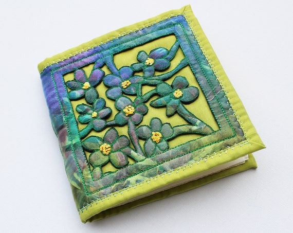 Spring Violets Notebook - Exquisite handmade sketchbook with green & blue flowers embroidery - Gift for mum, sister-in-law, writer's book