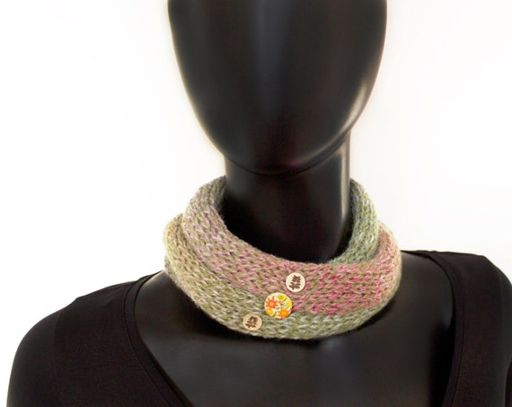Ladies' Nuzzler - Pistachio - Sage Green and Dusky Pink Spring Neckwarming Infinity Scarf