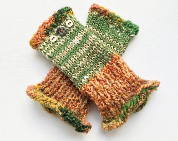 Green Fingerless Gloves - Lichen Frilly Fingers - Earthy Green Fingerless Mittens warm autumnal colour scheme. Fall color fingerless mittens