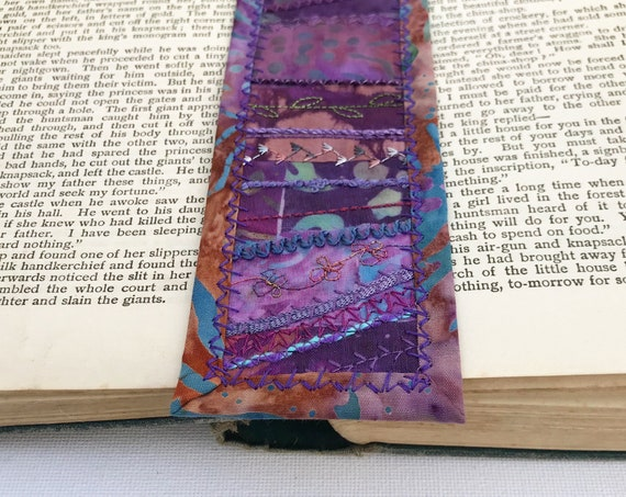 Violet Embroidered Bookmark - Purple Fabric Bookmark Handmade Page mark - Plum Purple Bookmark Pagemarker - book lover bookworm reading gift