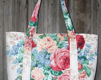 Handmade tote Decorator cotton fabric Reversible Paisley pattern lining Handmade bag. Handmade purse Large floral tote bag
