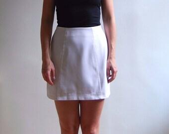 vintage white mini skirt with zipper