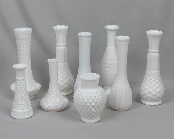 Beautiful Vintage 9\u201d Milkglass Vases