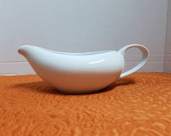 Gravy boat in white, personalize with your initials, or plain white, Thanksgiving, holiday decor,  Christmas