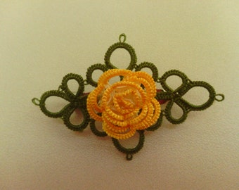 Tatted brooch Rose in Yellow