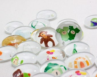 35 SMALL NEUTRAL Baby Shower Glass Gems Table Confetti /& Favors