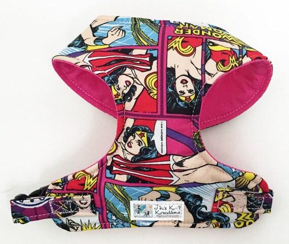 Bande dessinée Wonder Woman harnais pour chien doux confort - réalisée sur commande